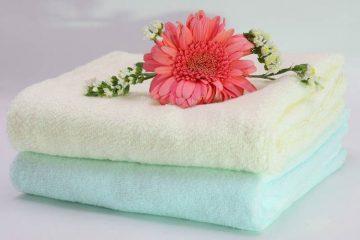 4 sai lầm sử dụng khăn tắm khách sạn dễ gây bệnh ngoài da