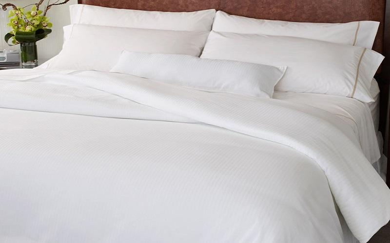 Chăn ra gối nệm khách sạn nên chọn loại vải nào?