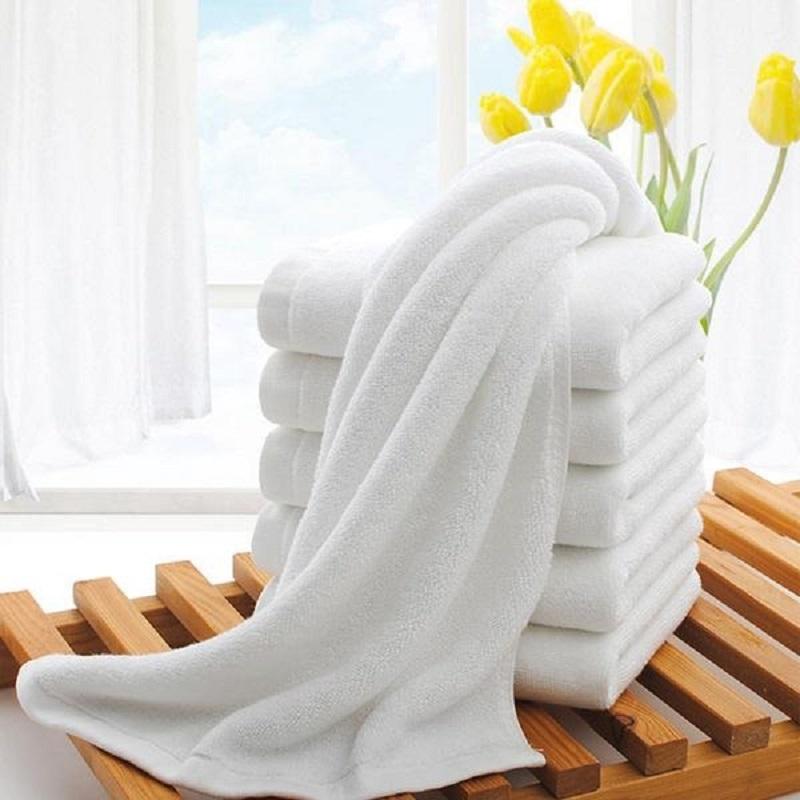 khăn bông khách sạn