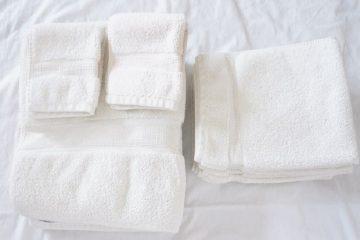 Mẹo nhỏ giúp khăn bông khách sạn mềm mại và bền đẹp