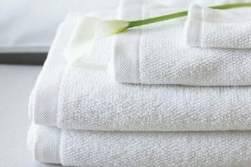 Những thói quen tai hại khiến khăn khách sạn đắt tiền nhanh hỏng