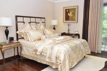Ứng dụng vải lụa trong sản xuất chăn ga gối khách sạn